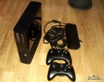 xbox-360-stingray-250-gb-2-ovladace